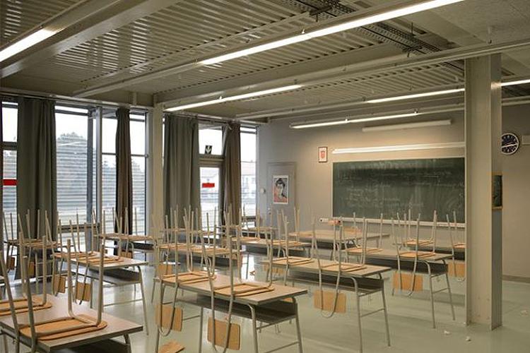 Governo decide encerrar escolas