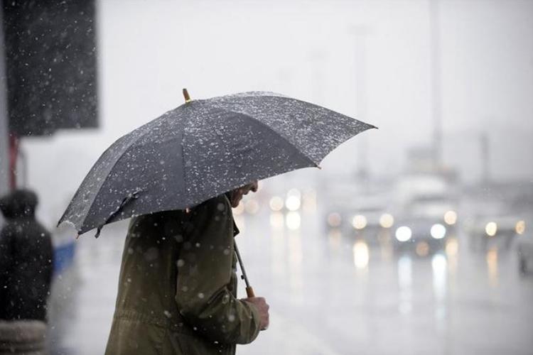 Alerta laranja em dois distritos devido a chuva forte. Protecção Civil emite aviso