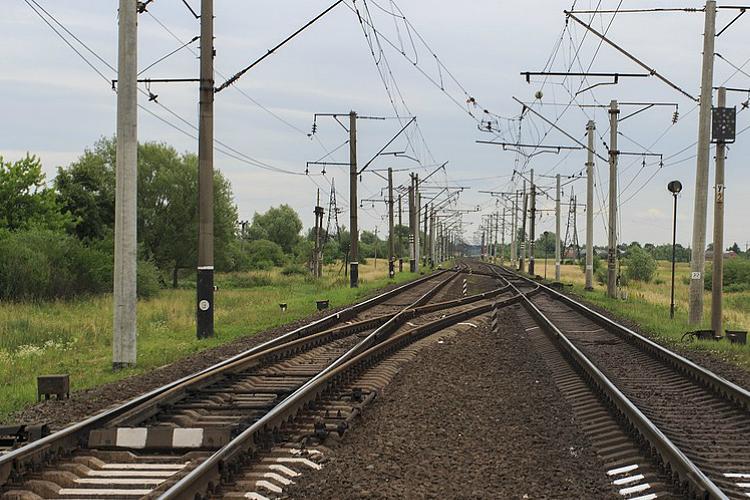 Linha da Beira Alta cortada devido a descarrilamento de vagão de mercadorias