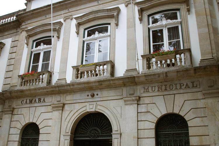 Câmara de Viseu transfere competências para as freguesias